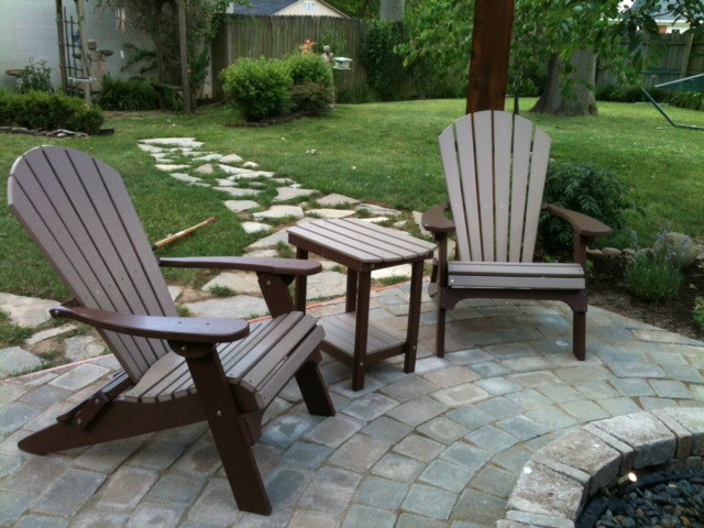 Advantages of All Weather Recycled Plastic HDPE Outdoor Poly Furniture - Poly Adirondack Chairs Amish - Poly Outdoor Chairs